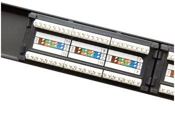 "SOLARIX SX12-5E-UTP-BK patch panel UTP 12xRJ45 kat. 5E, 1U, 19"", osazený, černý"